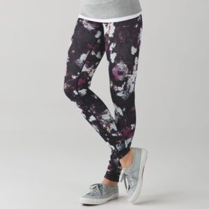 Lululemon • Kara Blossom Multi Wunder Under Pants